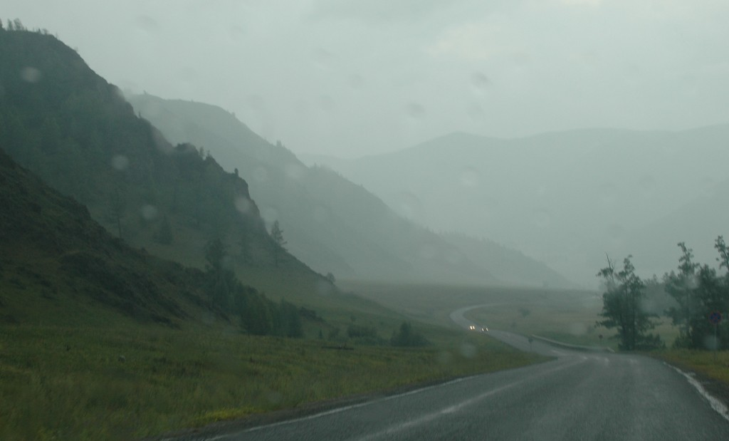 A rainy day on our way to the Chuya River